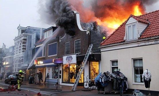 Gorredijk-brandsymposium. Foto: H. Stoelwinder