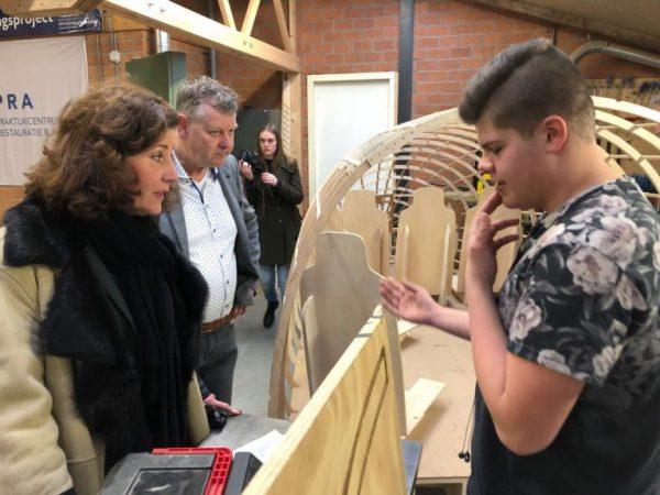 Minister Van Engelshoven bezoekt de nieuwe restauratieopleiding van het ROC van Twente en RIBO