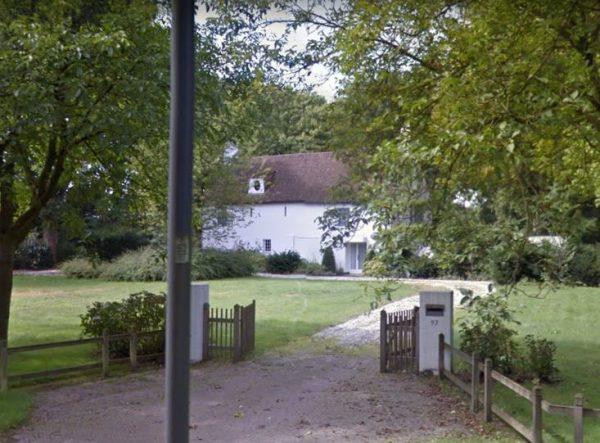 De villa aan de Aarle-Rixtelseweg 97 in Helmond