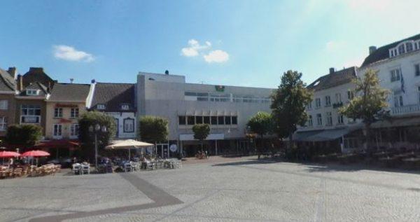 Het oude V&D-pand aan de Markt in Sittard