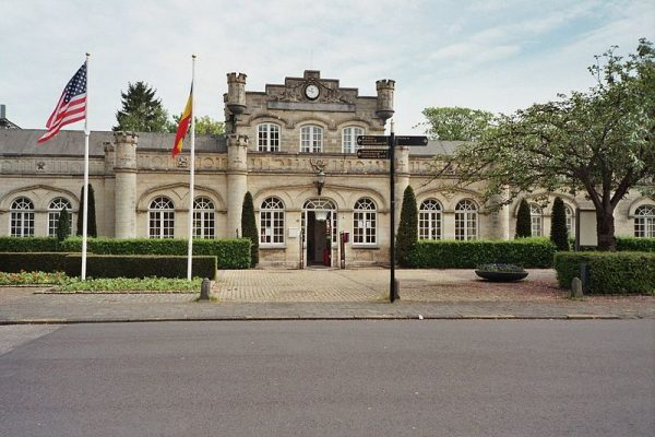 Het station van Valkenburg is van mergel