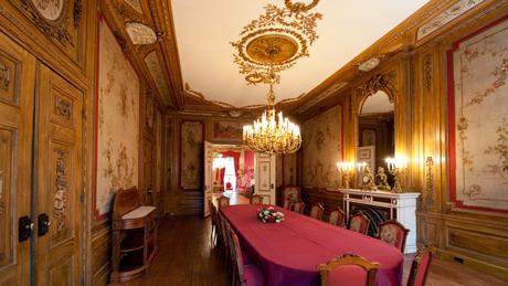 De eetzaal op de eerste verdieping