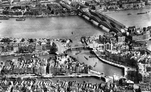Oude Haven en Maasbruggen in Rotterdam