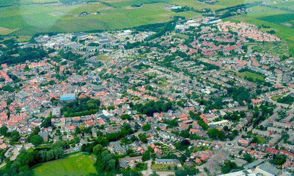 Luchtfoto van Den Burg op Texel