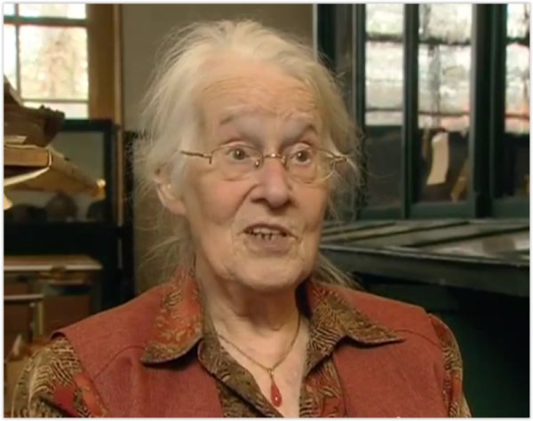 Archeoloog Ina Isings in 2008