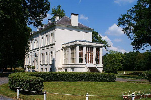 Villa Mattemburgh in Hoogerheide