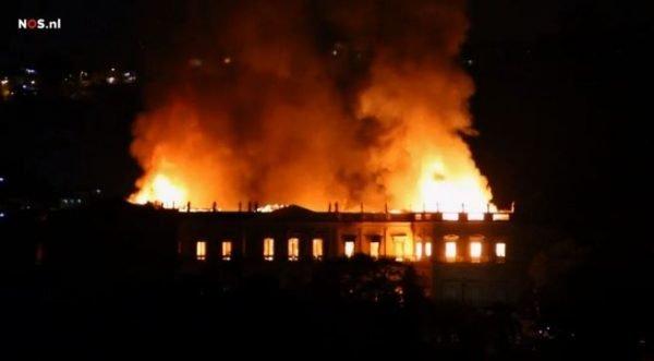 De brand in het Nationale Museum in Rio de Janeiro, Brazilië