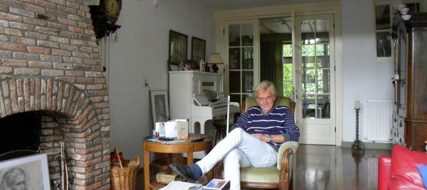 Menno van den Hoek in zijn huis aan de Seisdam in Middelburg