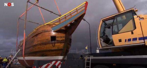 De replica van het schip van de Nederlandse zeevaarder Willem Barentsz