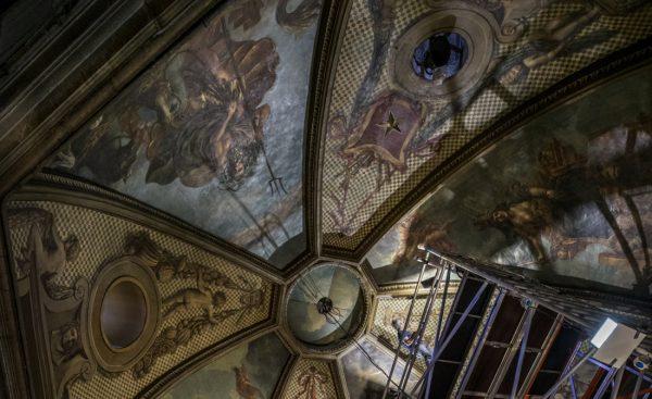 Het plafond in het stadhuis van Maastricht