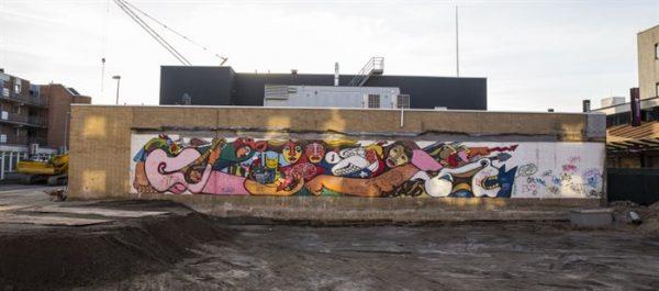 De muurschildering op het Osdorpplein in Amsterdam