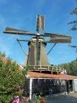 Het kost steeds meer moeite de wieken van Krijtmolen d'Admiraal in Amsterdam draaiende te houden