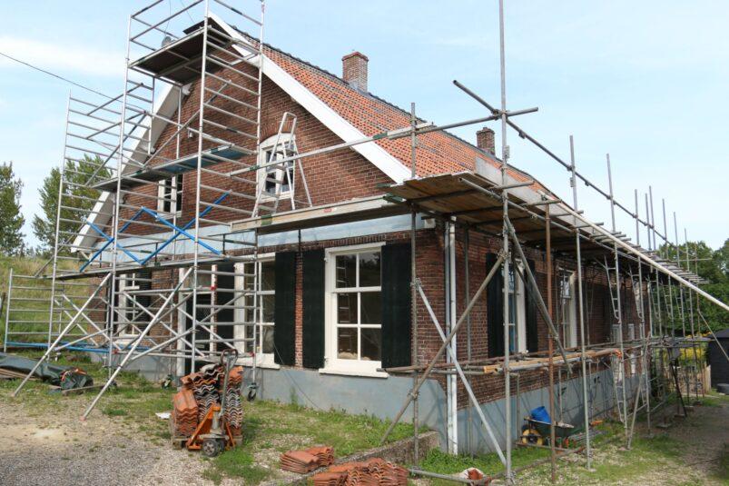 Monument in restauratie, West Maas en Waal