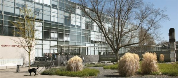 De Gerrit Rietveld Academie aan de Roeskestraat in Amsterdam