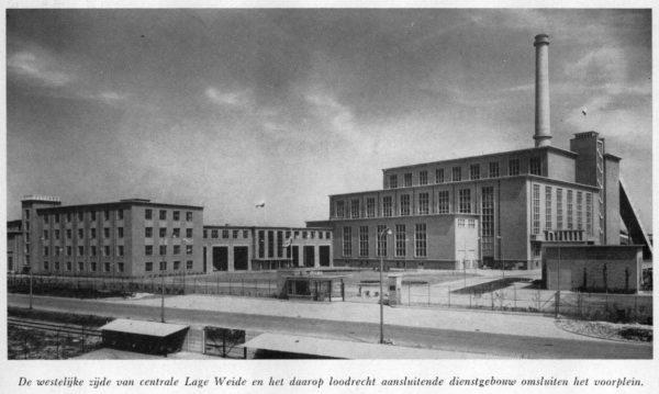 De westelijke zijde van Centrale Lage Weide en het daarop loodrecht aansluitende dienstgebouw