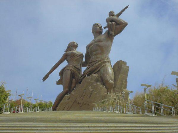 Het Monument voor de Afrikaanse Wedergeboorte in Dakar