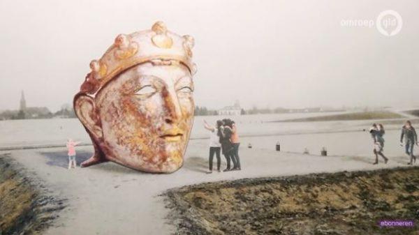 Het door kunstenaar Andreas Hetfeld ontworpen gigantische Romeinse masker