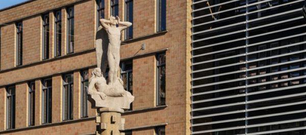 'Vrijheid van de Gedachte' van stadsbeeldhouwer Hildo Krop