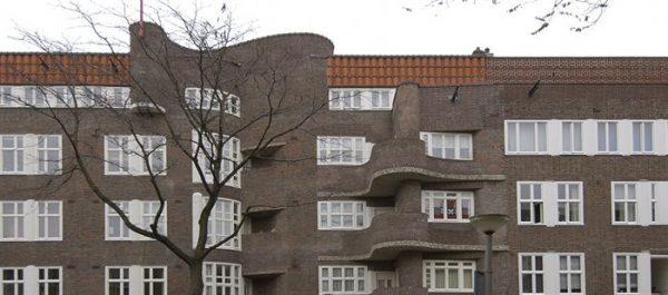 Het complex aan de Holendrechtstraat in Amsterdam (2005)
