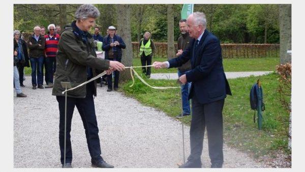 De herstelde bloemenwaaier wordt officieel geopend