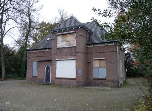 Het koetshuis van villa Woudoord in Heerenveen