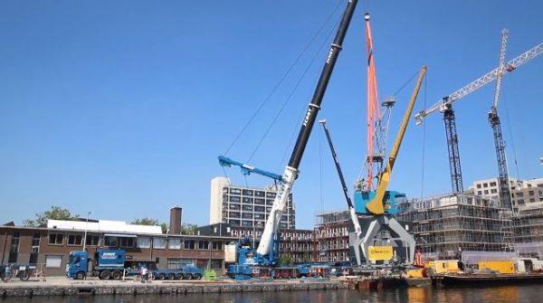 De beeldbepalende kraan in de Laakhaven Den Haag