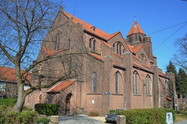 De voormalige Heilig Hartkerk in Arnhem (2013)