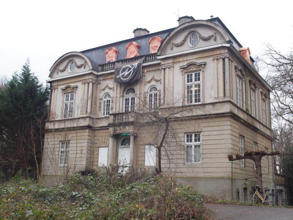 Huize Ivicke in Wassenaar