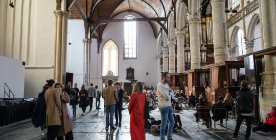 De Open Deur: Kunst centraal in de Oude Kerk Amsterdam