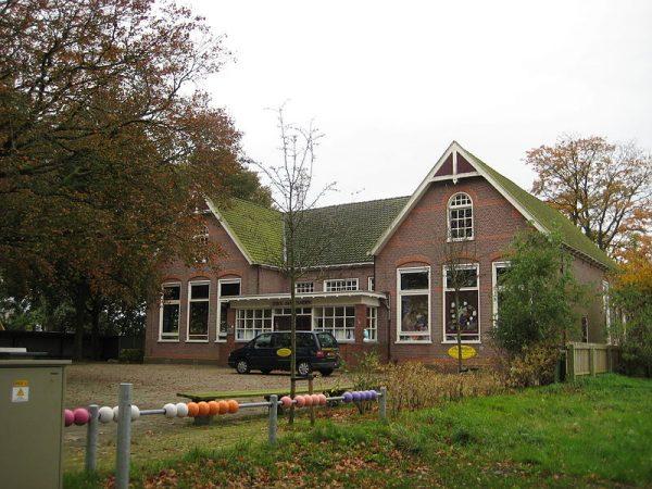 Voormalige basisschool De Rieshoek in Noordlaren