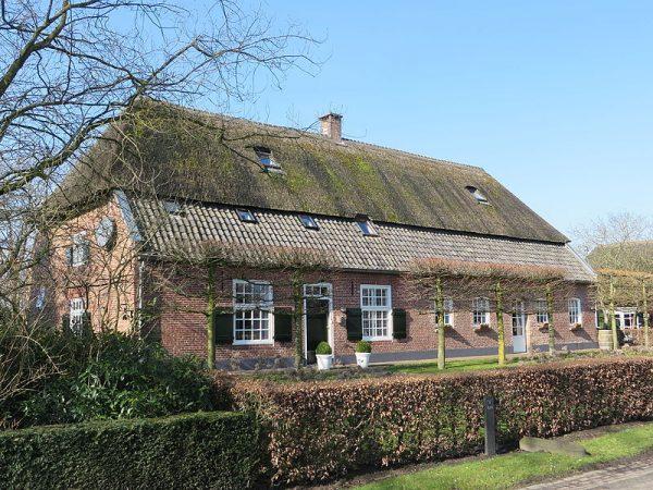 Boerderij aan de Boterwijkstraat, Gemeentelijk monument in gemeente Oirscho