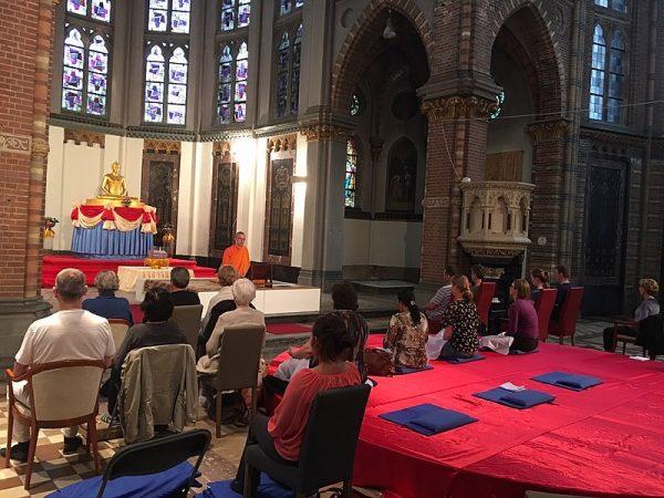 Meditatieavond in de Sint-Victor en Gezellenkerk in Afferden