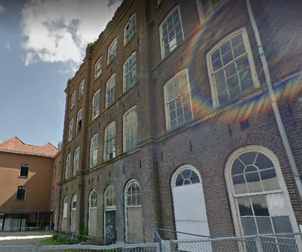 Voormalige school aan de Buiten Nieuwstraat in Kampen