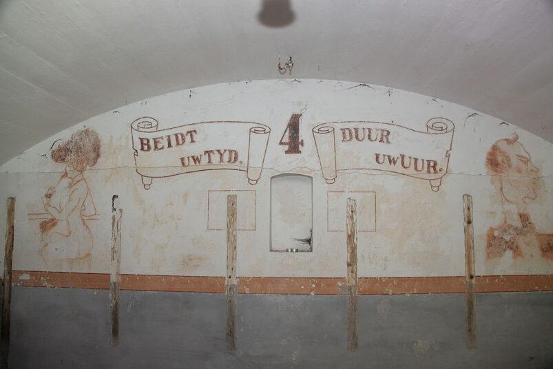 Eén van de muurschilderingen in het Fort benoorden Spaarndam