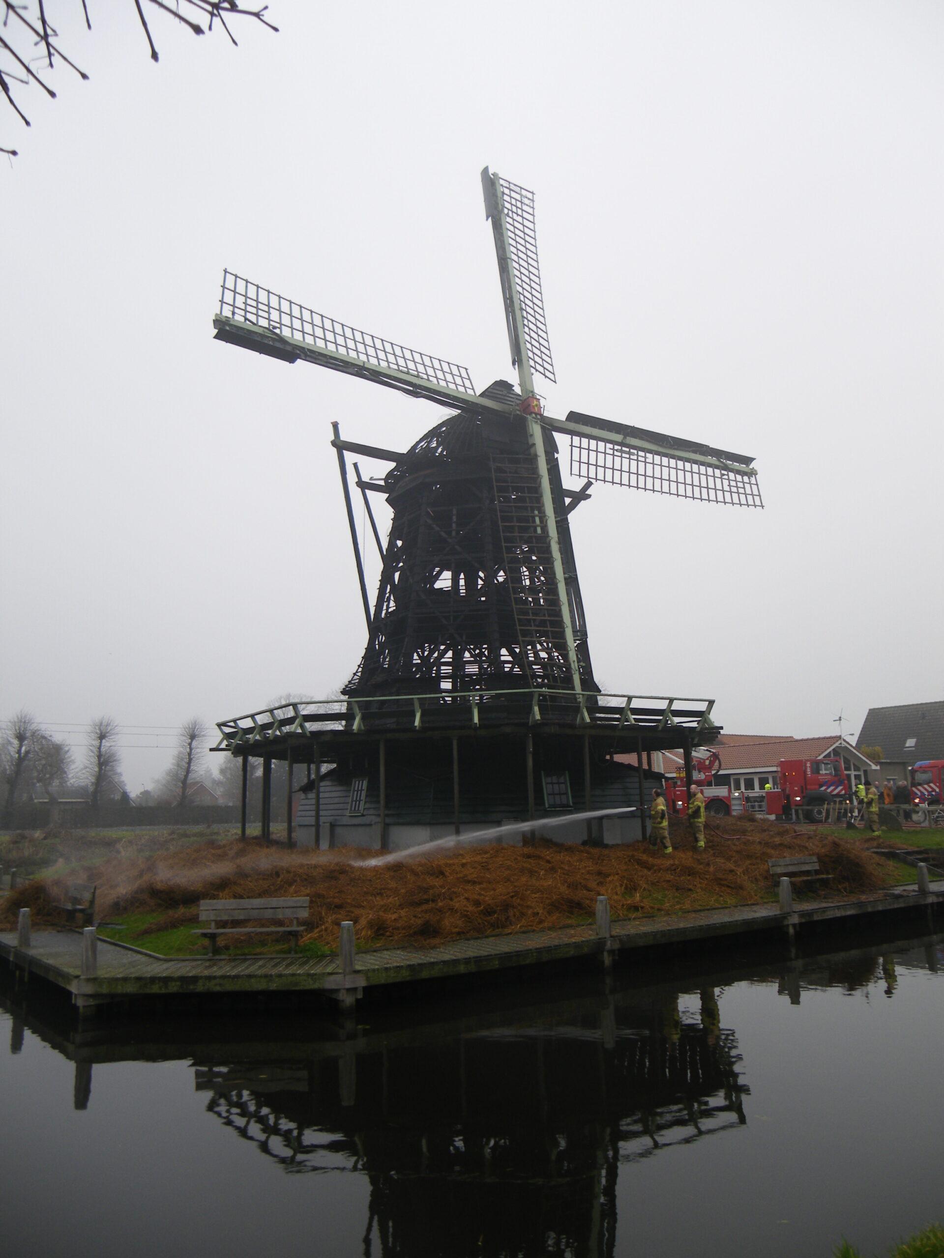 De Hollandsche Molen pleit voor vuurwerkvrije zones rond molens