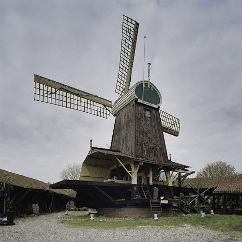 Houtzaagmolen de Otter in Amsterdam vóór de opknapbeurt in 2005