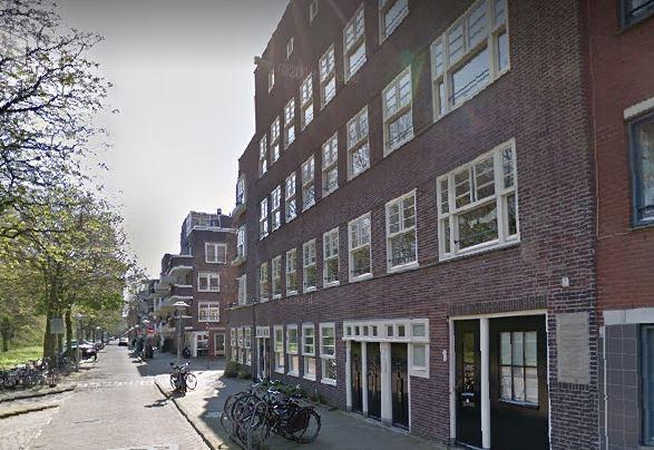 Woningen aan Kramatweg in Amsterdam die binnenkort worden gesloopt.