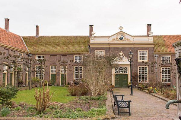Hofje Meermansburg in Leiden