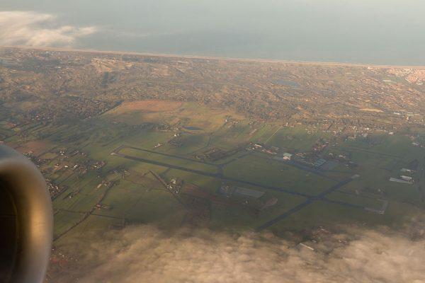 Luchtfoto van vliegkamp Valkenburg