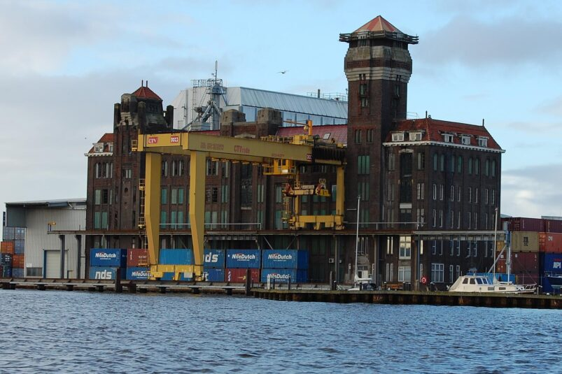 Pakhuis De Vrede in Zaanstad.