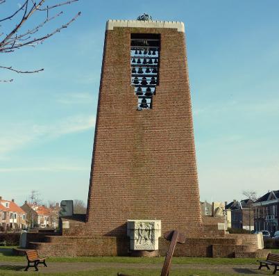 Monument Helden der Zee, één van de weinige overblijfselen van het vooroorlogse Den Helder.