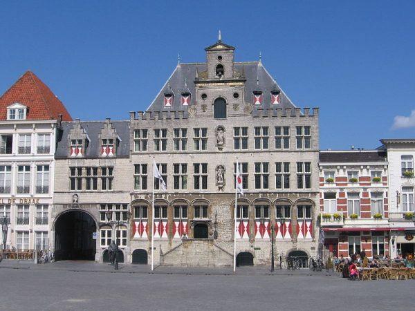 Stadhuis Bergen op Zoom.