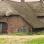 Ede grijpt in bij verval rijksmonumentale 'spook' boerderij Pothoven