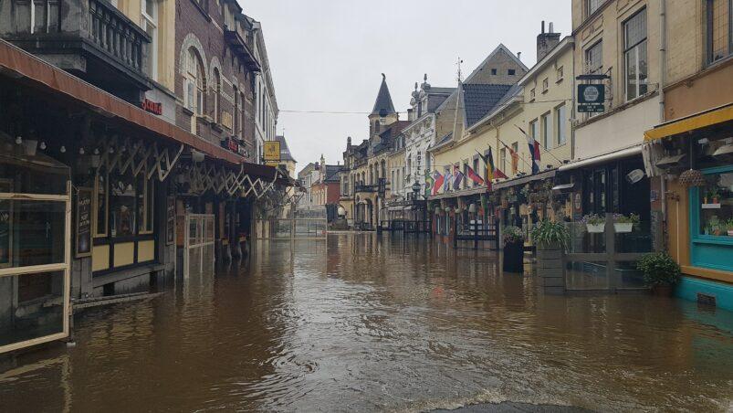 Overstroming van de Geul in Valkenburg.