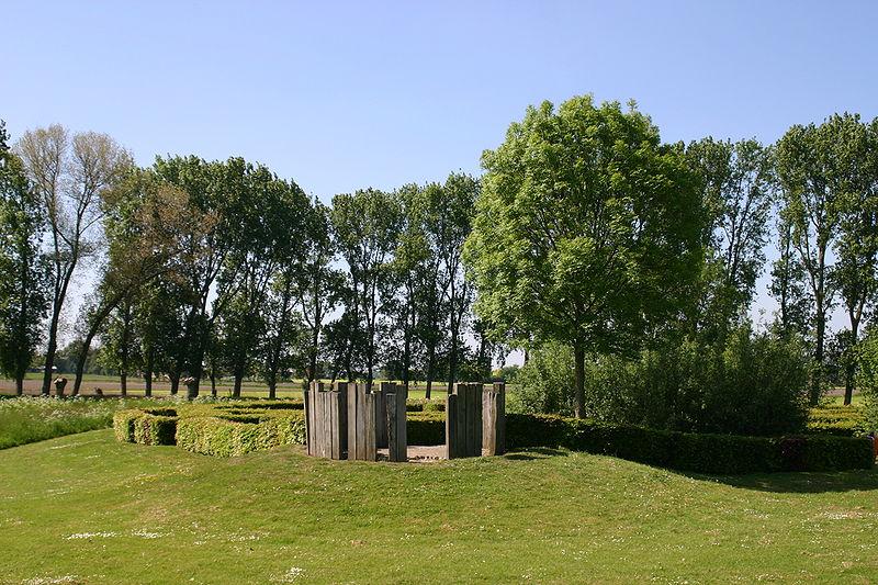 De plaats waar het Kasteel van Wouw vroeger stond.